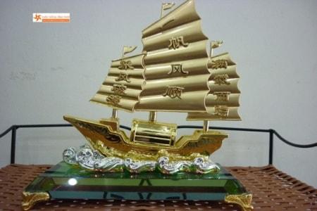 Thuyen Phong Thuy Thuyền Buồm Phong Thủy
